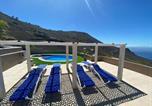 Hôtel Santa Cruz De La Palma - Apartamentos colon y bungalows-4