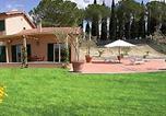 Location vacances  Province de Rieti - Magliano Sabina Villa Sleeps 8 Pool Wifi-2