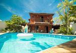 Location vacances Camaçari - Casa de praia 4 suítes, Piscina, Sauna, área Gourmet e ar split-1