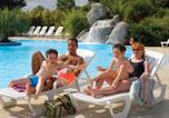 Camping avec Ambiance club Plounévez-Lochrist - Camping La Baie du Kernic -3