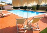 Location vacances  Province de Livourne - Appartamenti in Residence Villa Santa Maria-1