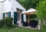 Location vacances Saint-Pey-de-Castets - Les volets verts-1