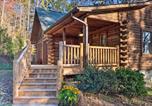 Location vacances Spartanburg - 'Finn's Cabin ' Log Cabin in Blue Ridge Mtns!-3