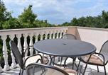Location vacances Malinska-Dubašnica - Apartment Green Oasis 1-2