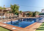 Location vacances Sant Llorenç de Morunys - Cozy Cottage in Olius with Swimming Pool-2