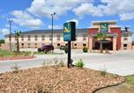 Hôtel Beeville - Quality Inn & Suites Kenedy - Karnes City-2