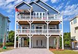 Location vacances North Topsail Beach - Charming Surf City House w/Elevator, Walk to Beach-1