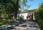 Camping avec Site nature Saint-Just-Luzac - Camping Les Pins de la Coubre-3