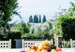 Location vacances Capannori - Amazing villa in Segromigno in Monte w/ 4 Bedrooms, Jacuzzi and Wifi-3