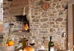 Location vacances Ortignano Raggiolo - Villa Liz Tuscany, private pool, hot tub, property fenced, pets allowed-2