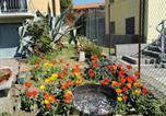 Location vacances Biandronno - Grandma's garden house-4