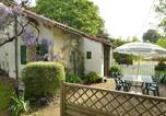 Location vacances Souvigné - Cozy Cottage in Souvigne with Swimming Pool-3