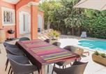 Location vacances Bédarieux - Four-Bedroom Holiday Home in Bedarioux-3