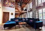 Location vacances  Manche - La Vieille Dame, Demeure de luxe avec Spa-1