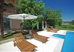 Location vacances Imotski - Four-Bedroom Holiday home Prolozac Donji with an Outdoor Swimming Pool 06-4