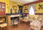 Location vacances Cuevas Bajas - Five-Bedroom Holiday Home in Archidona-2