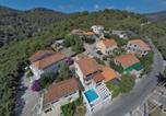 Location vacances Smokvica - Family friendly house with a swimming pool Brna (Korcula) - 13943-4