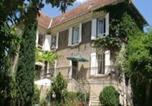 Location vacances Fons - Chambres d'hôtes Les Pratges-1