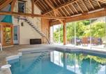 Location vacances Amboise - Four-Bedroom Holiday Home in Nazelles Negron-2