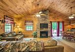 Location vacances Cherokee - Bryson City Cabin in Smoky Mountains with Hot Tub!-4