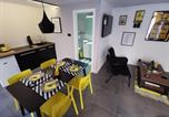 Location vacances Split - Old town Studio Apartment - Yellow-1