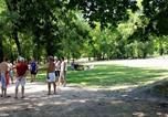 Camping avec Site nature Chazelles-sur-Lyon - Aire naturelle de Camping Les Cerisiers-2
