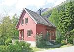 Location vacances Geiranger - Holiday home Hellesylt 29-3