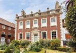 Location vacances Poole - West End House-1