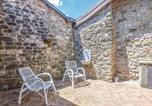 Location vacances  Province de Massa-Carrara - One-Bedroom Holiday Home in Comano (Ms)-3