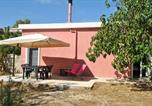 Location vacances  Province du Medio Campidano - Casa del Fattore-4