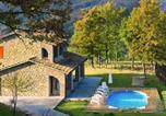 Location vacances Valtopina - Villa in Valtopina-1