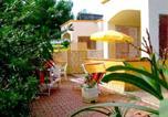 Location vacances  Province de Foggia - Vieste Villa Sleeps 4 Air Con Wifi-1