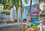 Location vacances Jupiter - Tropical Hobe Sound Cottage Less Than 2 Mi From the Beach-3