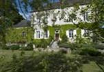Location vacances Mont-Saint-Jean - La Chouette Qui Chante Chambres d'Hôtes-1
