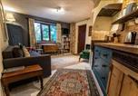 Location vacances Glastonbury - Dilkara Apartment Glastonbury-1