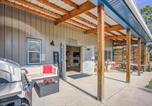 Location vacances Monument - 3bdr Barndominium Ranch Experience Foosball-4