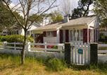 Location vacances La Jonchère - Une jolie maison de famille pour 8 personnes-1