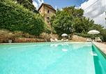 Location vacances Sinalunga - Bettolle Apartment Sleeps 4 Pool Air Con Wifi-1