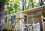 Camping avec Site nature Montfrin - Camping Le Bois des Ecureuils-3