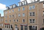 Hôtel Edinburgh - Fountain Court Apartments - Grove Executive-1