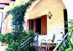 Location vacances  Province de Massa-Carrara - La casa nel verde-4