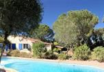 Location vacances Le Plan-de-la-Tour - Villa de 3 chambres a Le Plan de la Tour avec piscine privee jardin amenage et Wifi a 9 km de la plage-1