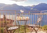 Location vacances Lezzeno - Two-Bedroom Apartment in Lezzeno -Co--1