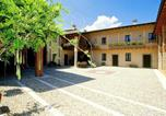 Location vacances  Province de Brescia - Luxurious Holiday Home with Pool in Salã²-3