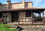 Location vacances Montcabrier - Holiday home Rue des Millepertuis-1