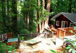 Location vacances Jenner - Little Red House Plus! Redwoods! Hot Tub!! Bbq Grill! Fast Wifi! Near Golf Course!! Dog Friendly!-4