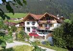 Location vacances Finkenberg - Appartements Enzian-2