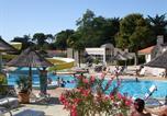 Camping avec Parc aquatique / toboggans France - Camping Les Biches-2