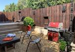Location vacances Paradou - Maison avec patio et jacuzzi-1