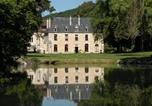 Hôtel 4 étoiles Vault-de-Lugny - Abbaye de la Bussière-1
